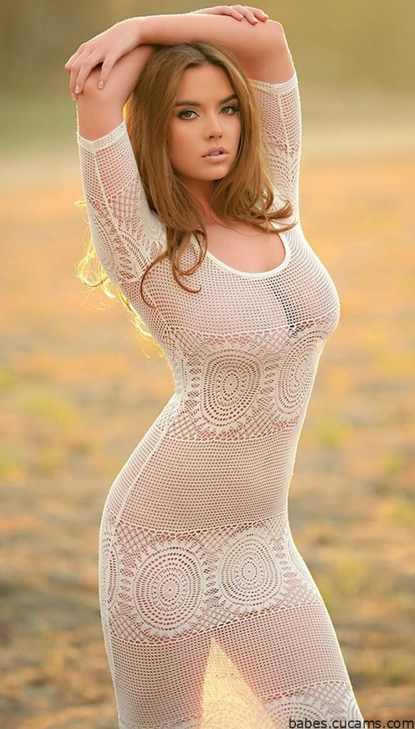 Babes Golden White by babes.cucams.com